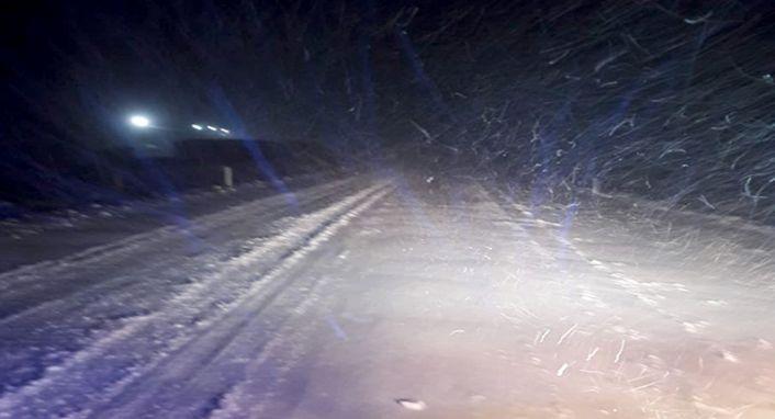 Kahramanmaraş-Kayseri karayoluna kar engeli