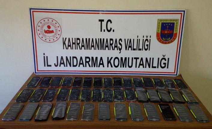 Kaçak telefon ve uyuşturucu operasyonu