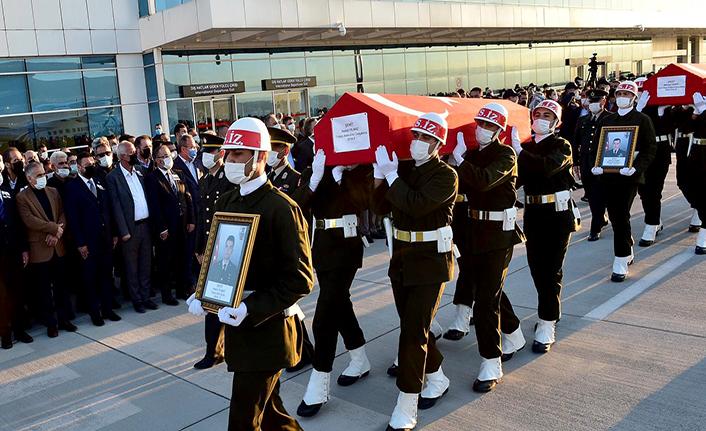 Şehit Demir ve Yılmaz'ın cenazeleri Kahramanmaraş'a getirildi