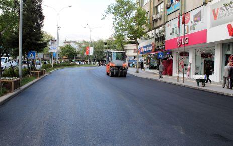 BÜYÜKŞEHİR AZERBAYCAN'I ASFALTLIYOR