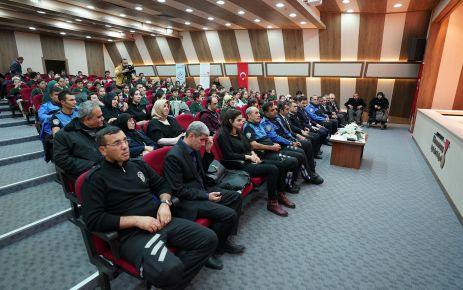 'ENGELSİZ GÜVEN ELİ PROJESİ' KONFERANSI DÜZENLENDİ
