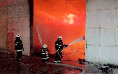 Kahramanmaraş Aral tekstilde yangın