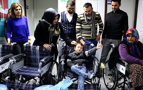 Kahramanmaraş Kağıt Sanayinden 10 engelliye tekerlekli sandalye