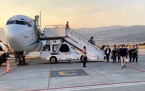 Kahramanmaraş'a Avrupa'dan ilk uçak indi