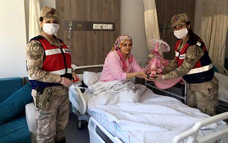 Kahramanmaraş'ta asker çocuğuna hayırlı olsun