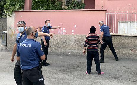 """Kahramanmaraş'ta """"dur"""" ihtarına uymayan araç polisi alarma geçirdi"""