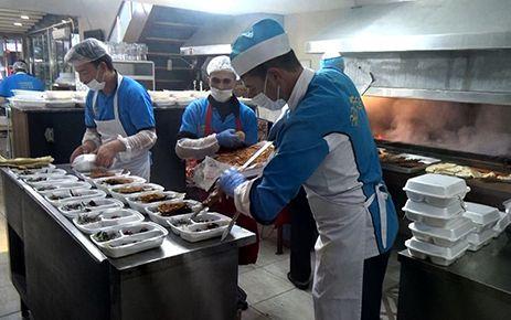 Kahramanmaraş'ta ihtiyaç sahipleri iftar