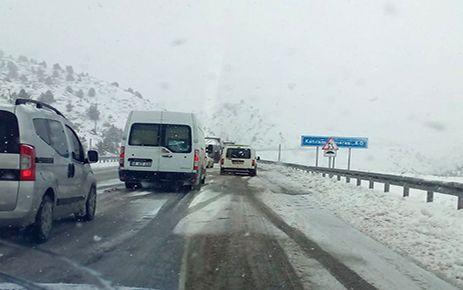 Kahramanmaraş'ta kar yağışı