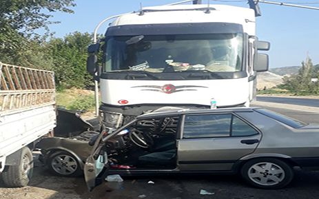 Kahramanmaraş'ta tır ile otomobil çarpıştı: 2 yaralı