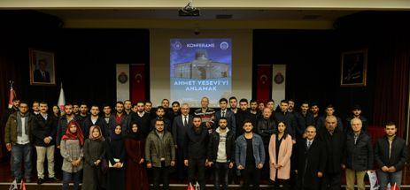 """KSÜ'DE """"21. YÜZYILDA AHMET YESEVİ'Yİ ANLAMAK"""" KONFERANSI"""