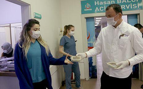 MADO'dan sağlık çalışanlarına jest
