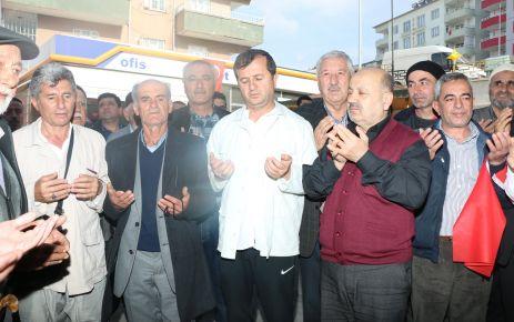 PAZARCIK'TA UMRE KAFİLESİ DUALARLA KARŞILANDI