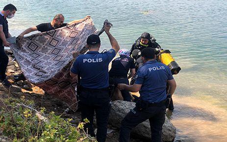 Serinlemek için gölete giren 16 yaşındaki genç boğuldu