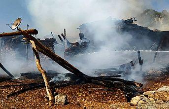 Yangında bir ev kül oldu