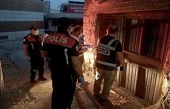 Aranması olan 62 kişi yakaladı