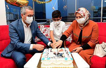 Şehit oğluna doğum günü