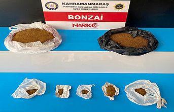 Sokak satıcılarına operasyon: 3 tutuklama