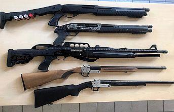 13 şüpheliden 13 silah ele geçirildi