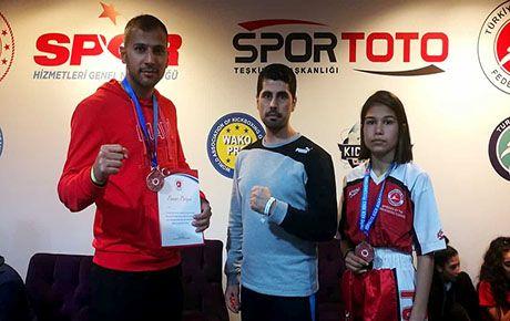 Türkiye Açık Kickboks'ta 2 madalya