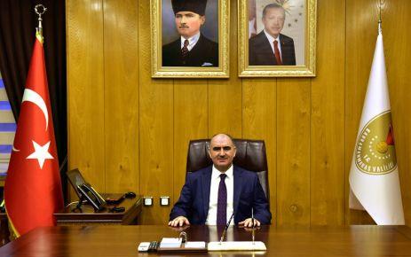 Vali Özkan'dan 29 Ekim Cumhuriyet Bayramı 96. yıl dönümü mesajı