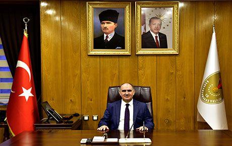 Vali Vahdettin Özkan'dan 10 Ocak Çalışan Gazeteciler günü mesajı