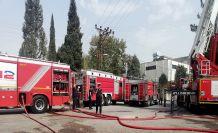 Fabrika yangınında 2 işçi dumandan etkilendi