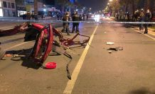 Kazada otomobil ikiye bölündü