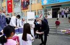 Eğitime Maraş Dondurmasıyla destek