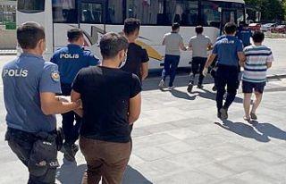 Kahramanmaraş'ta uyuşturucu operasyonu 5 kişi...