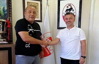 Kahramanmaraşspor'un yeni teknik patronu Yücer
