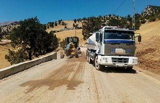 Şahinkayası yolundaki asfalt çalışması