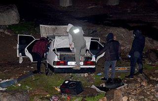 Kaçtı, kaza yaptı, araçtan uyuşturucu çıktı