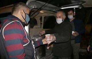 Şehit polis Göl için meslektaşlarına çorba ikramı