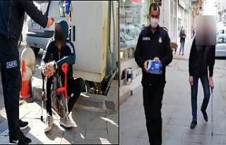 Kendilerine engelli süsü veren 2 dilenci yakalandı