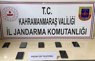 Kaçak cep telefonu operasyonu
