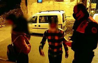Kısıtlamaya uymayan 3 kişiye 12 bin 150 lira ceza
