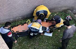 Polisten kaçarken duvardan atlayarak yaralandı