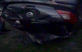 Otomobil sitenin oyun parkına uçtu