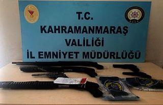 22 şüpheliden 24 silah ele geçirildi