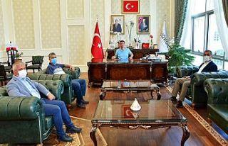"""Güvenç; """"Türkoğlu'daki yatırımları inceledik"""""""