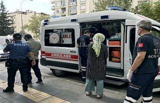 Güvenlik görevlisinin silahı ateş aldı: 2 yaralı