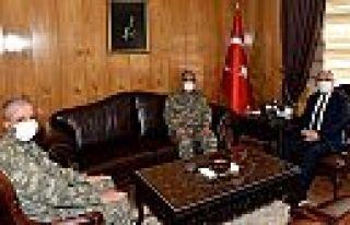 2. Ordu Komutanı Korgeneral Yayla'dan veda ziyareti