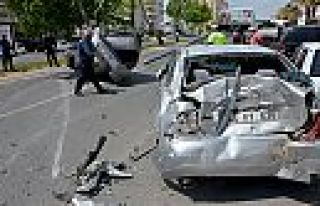 Kahramanmaraş'ta 5 araca çarptı