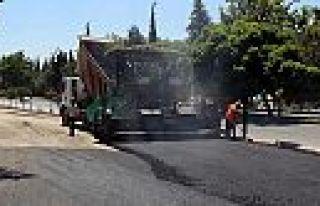 Servis yolları asfaltlanıyor