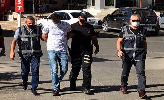 Cezaevi firarisi polisten helallik istedi