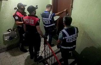 Aranması olan 103 kişi yakaladı