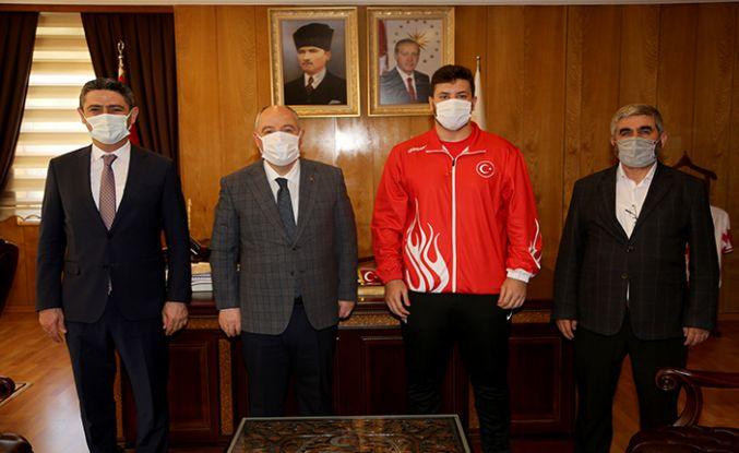 Vali Coşkun'u Avrupa Şampiyonunu ağırladı